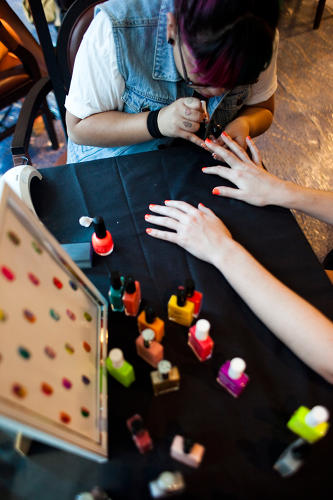 <p>By day, fashionable girls were treated to trendy nail art inspired by Krauss' style.</p>