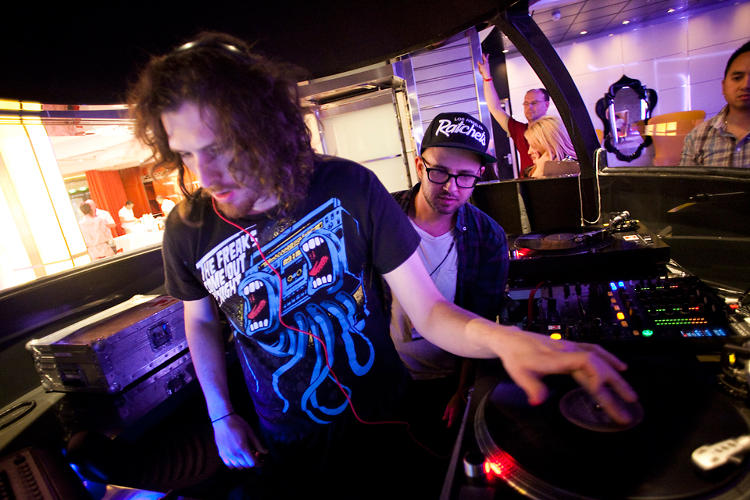 <p>Would-be DJs were schooled in the art of the decks at the super-spacey Quasar nightclub during All Hands on Deck.</p>