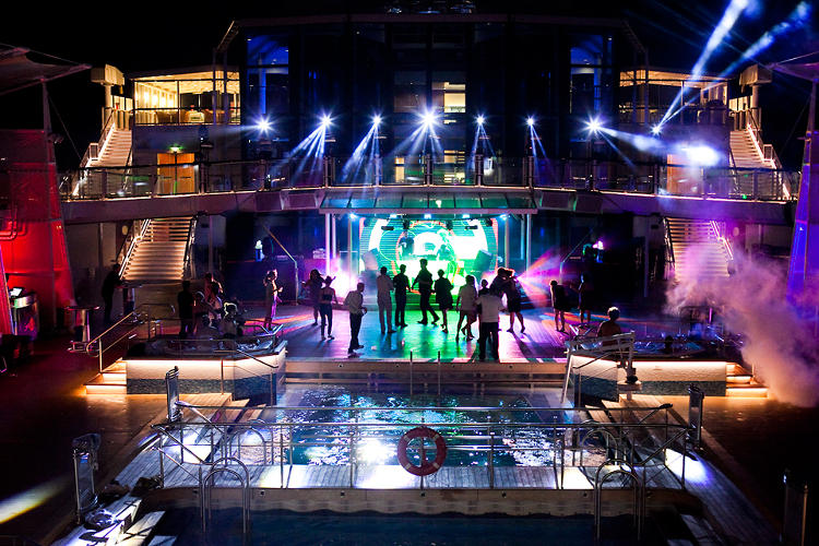 <p>The Pool Deck transformed into a roof-top dance floor by night, hosting DJ sets from The Rapture, Z-Trip, Jason Bentley, Alf Alpha, TOKiMONSTA, and Gaslamp Killer.</p>