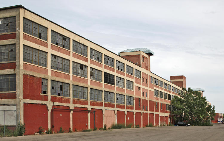 "<p>The first home of Henry Ford's revolutionary moving assembly line, Albert Kahn's ""daylight factory"" design revolutionized industrial architecture. It was an odd partnership, considering that Ford was an anti-Semite and Kahn was Jewish.</p>"