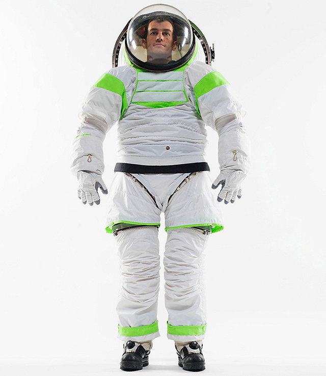NASA's New Space Suit Lets Astronauts Dress In Seconds ...