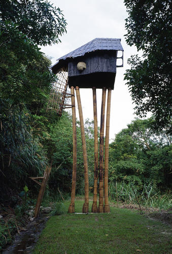 <p>Teahouses are a Fujimori speciality. This charred-wood beat rests on a series of spindly tree legs.</p>