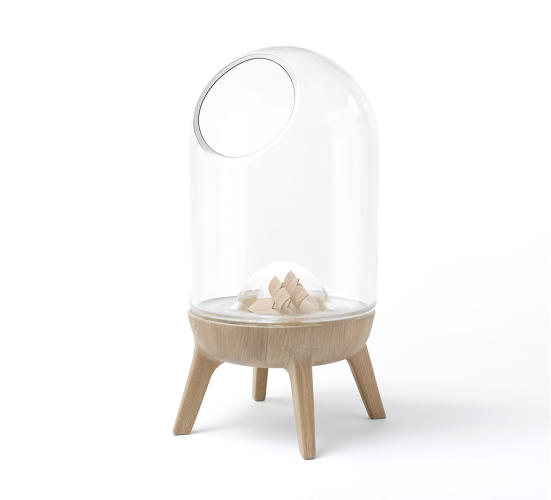 <p>The oak base of this bell-jar fishbowl comes in three colors--natural, green, and white--though custom finishes are available upon request.</p>
