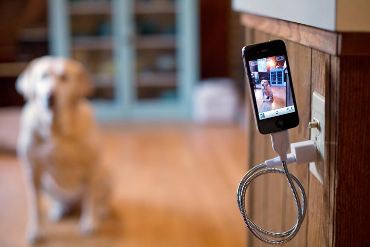 A Smartphone Charging Cable That S Also A Flexible Dock