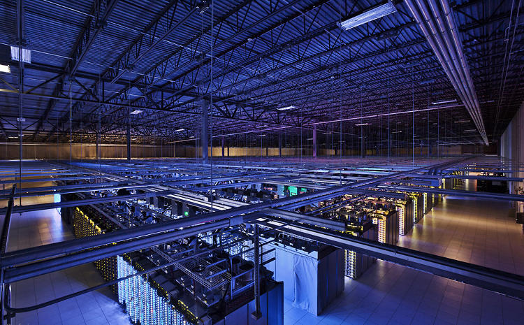 <p>Google created <a href=&quot;http://www.google.com/about/datacenters/inside/&quot; target=&quot;_blank&quot;>a whole new site</a> to show off its data centers.</p>