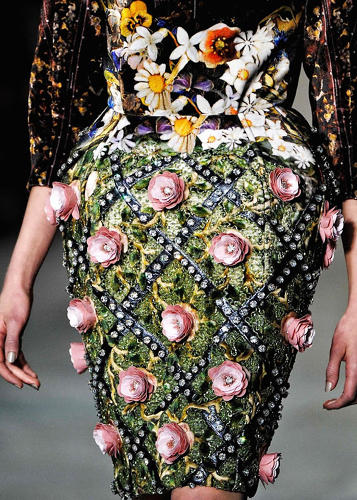 <p>While details from her F/W 2012 collection were nothing short of rococo.</p>