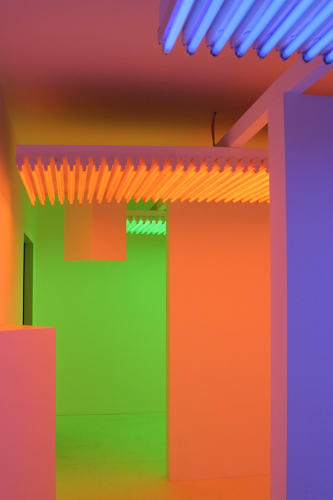 <p>Cruz-Diez's <em>Chromosaturations</em>, begun in 1965, create odd retinal illusions and intense optical experiences.</p>