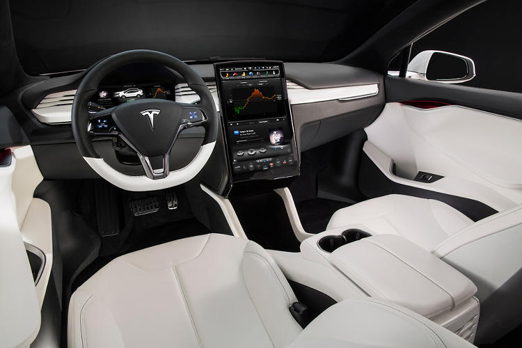 <p>Thus far, journalists have loved the interior features, including a 17-inch touch-screen dash.</p>