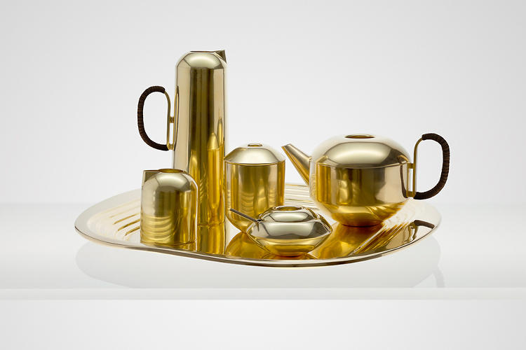 <p>The <em>Form </em>solid brass tea set is a six-piece service that &quot;recalls a forgotten era and is the sophisticated way to serve British afternoon tea.&quot;</p>