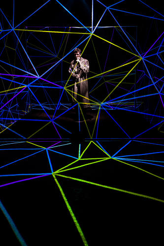 <p>These lighting effects are practical, created by projection mapping.</p>