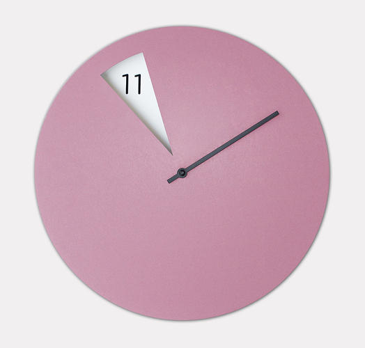 <p>Fossi's clever clock ditches the traditional hour hand.</p>