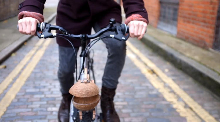 <p><a href=&quot;http://www.trotify.com/&quot; target=&quot;_blank&quot;>Trotify</a> uses a coconut to turn your bike bell into the sound of clopping hooves.</p>