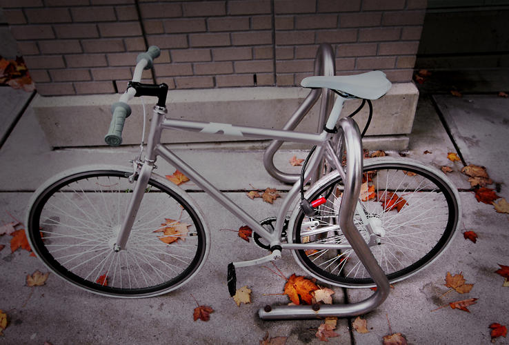 <p>If you're parking in an area where crime is a concern, he suggests using it in conjunction with a U-lock for the frame as a way to secure the back wheel.</p>