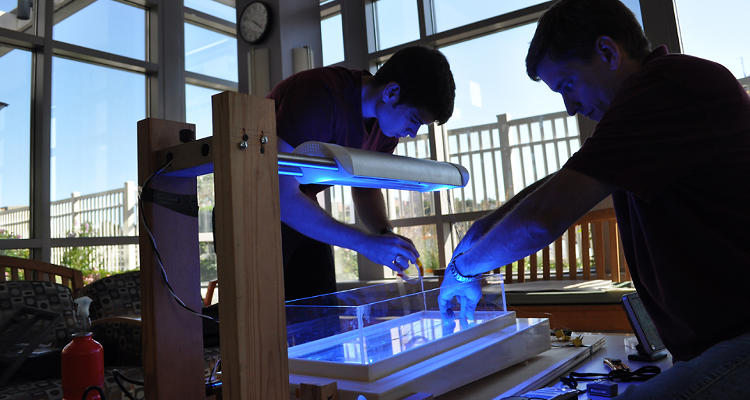 <p>The DtM team tests the thermal aspects of the Firefly Beta breadboard, verifying that it will be safe for human trials.</p>