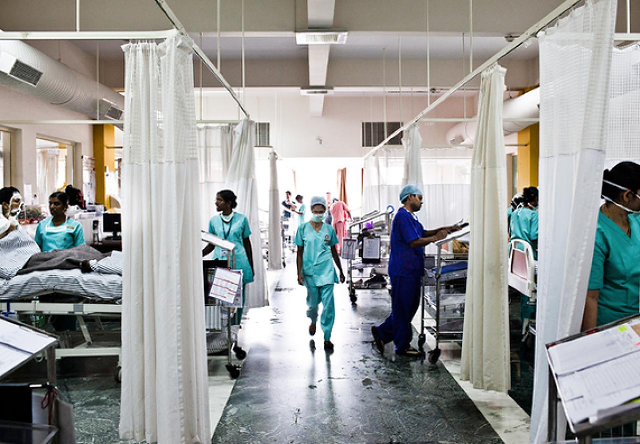 Resultado de imagen para hospitales en india
