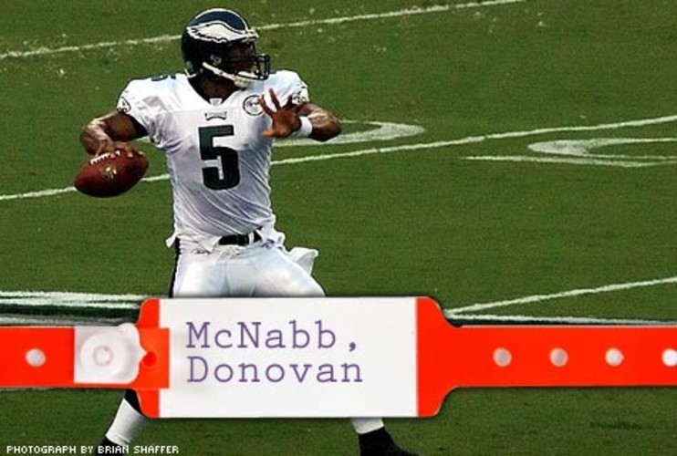 <p> After surgery to repair a torn anterior cruciate ligament in his knee in November 2006, Donovan McNabb made a stronger-than-expected return, finishing the 2007 season with a solid 89.9 quarterback rating and another $5.5 million in his bank account. </p>