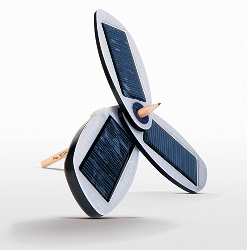 <strong><a href=&quot;http://solio.com&quot;>Solio: Universal Solar (Hybrid) Charger</a></strong><br> 2005, London, UK<br><br>  Design:<br> Better Energy Systems<br> Christopher N. Hornor (CEO/Founder); David Fowler<br><br>  Three fold-out high-efficiency solar cells harvest and store energy for portable charging. The device can hold a charge for up to one year and can be charged from the sun, a USB port, or a wall outlet.