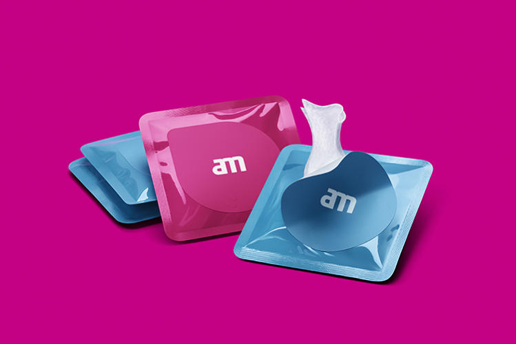<p>AM's products are alcohol-free, so they won't ruin screens like Apple's OLED displays.</p>
