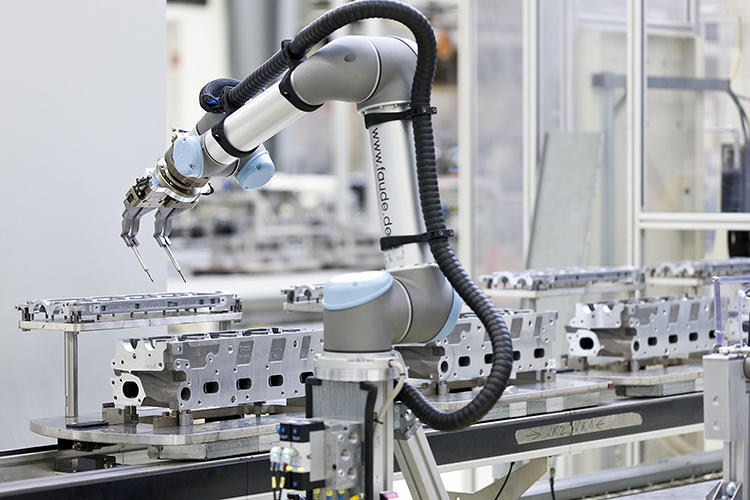"<p>The carmaker Volkswagen announced it has started up its first ""collaborative robot"" at its engine production plant in Salzgitter, Germany.</p>"