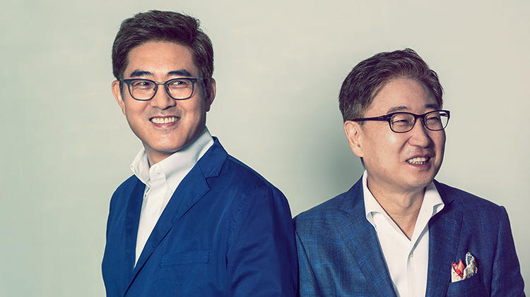"<p>Boo-Keun Yoon, President and CEO, Consumer Electronics Division<br /> Dong-Hoon Chang, executive vice president, head of Design Strategy Team.</p>  <p>A television design based on the contours of a wineglass? A touch screen that mimics an infinity pool? No inspiration is off-limits for this highly creative partnership at the top of globe-dominating Samsung. (Their ""Bordeaux Television"" became No. 1 in the world.) They've set up design centers in cities all over the planet, where designers study local culture and industry trends to tailor products to regional markets. ""We don't subscribe to a one-size-fits-all philosophy,"" says Chang.</p>"