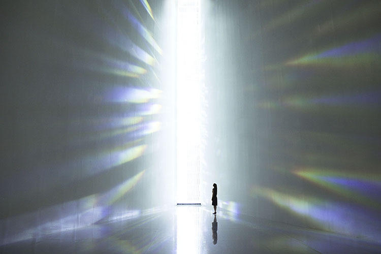<p>The slender installation scales 40 feet high.</p>