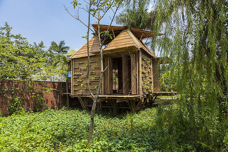 <p>Every year, storms and flooding kill hundreds of people in Vietnam. The <a href=&quot;http://www.fastcodesign.com/3019056/a-bamboo-house-that-weathers-storms&quot; target=&quot;_self&quot;>Blooming Bamboo</a>, a $2,500, quick-to-assemble house on stilts designed by H&amp;P Architects, aims to keep occupants safe from floods up to 1.5 meters high.</p>