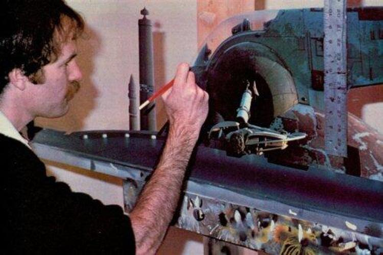 <p>Legendary <em>Star Wars</em> artist Ralph McQuarrie at work.</p>