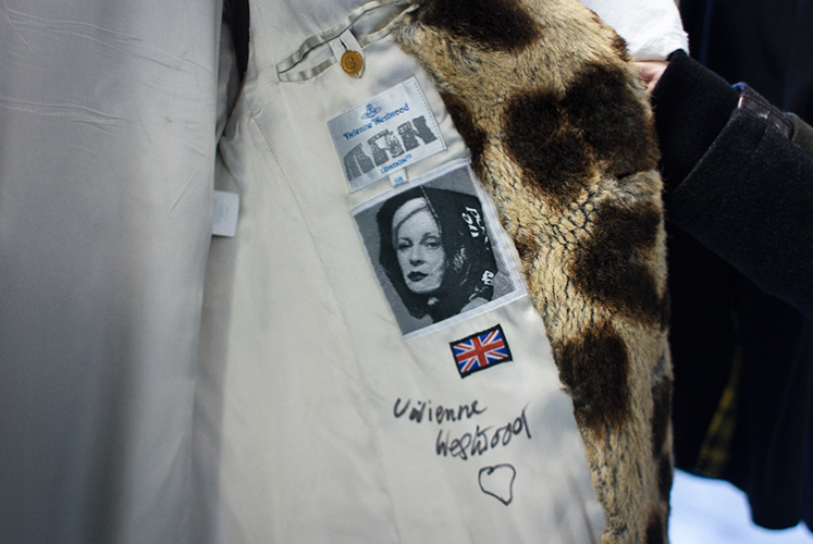 <p>Vivienne Westwood's punk signature. Byronesque aims to give the kind of thoughtful, high-gloss treatment to vintage fashion that contemporary magazines like <em>Vogue</em> give to new designers.</p>