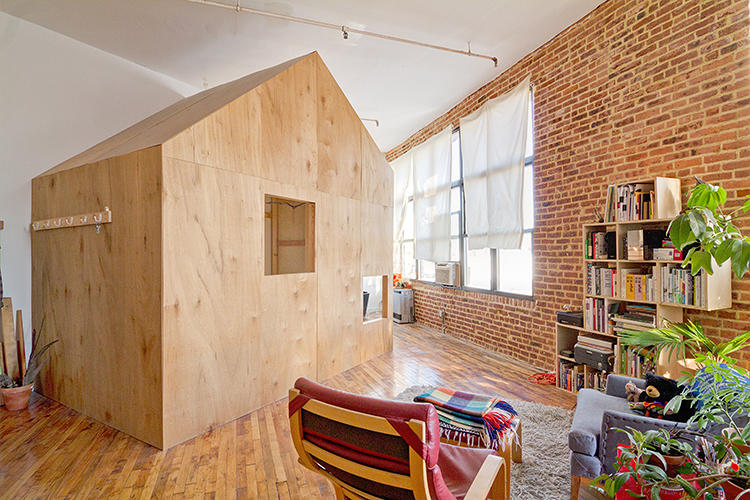 <p>Chiao lives in the treehouse herself--now with her partner, artist Adam Frezza.</p>