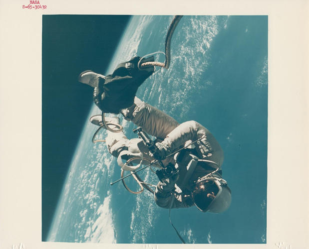 <p>James McDivitt, Ed White walking in space, Gemini 4, June 1965</p>
