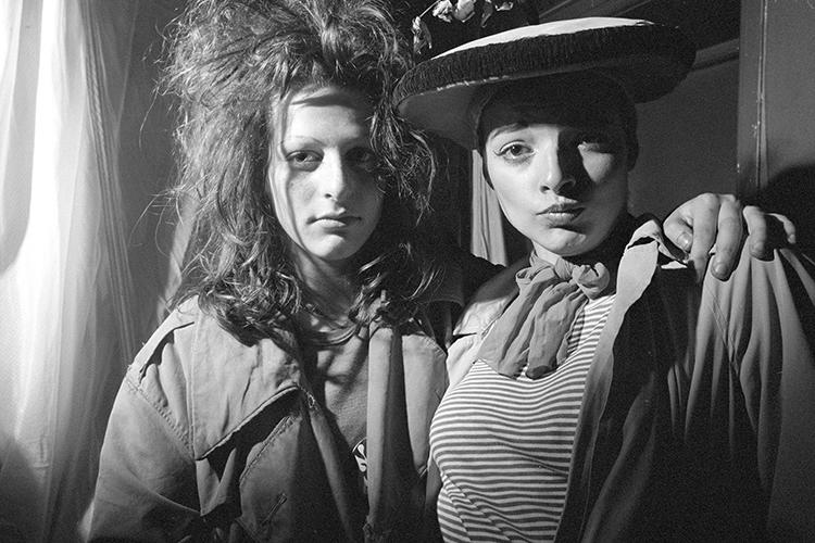 <p>From 1976 to 1977, while they were photography students at London's Polytechnic Institute, Karen Knorr and Olivier Richon took black-and-white photographs of the London punk scene in its rabid infancy--the heyday of the Sex Pistols and Siouxsie and the Banshees.</p>