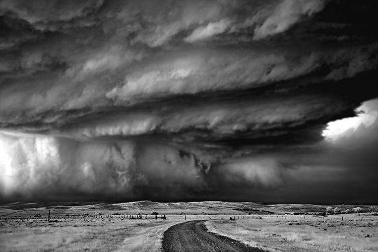 <p>Storm-chaser <a href=&quot;http://www.mitchdobrowner.com/&quot; target=&quot;_blank&quot;>Mitch Dobrowner</a> has been snapping awe-inspiring photographs of monsoons, tornados, and massive lightning storms since 2009.</p>