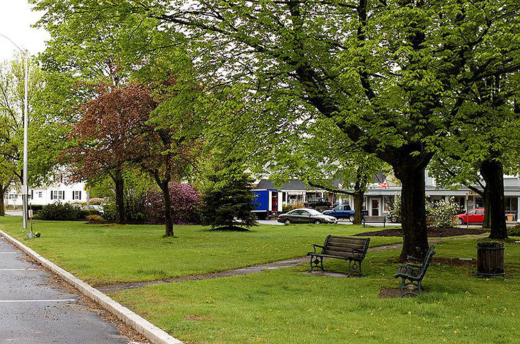 <p>The small town of Littleton, MA, tops the list of the best &quot;complete streets&quot; policies of 2013.</p>