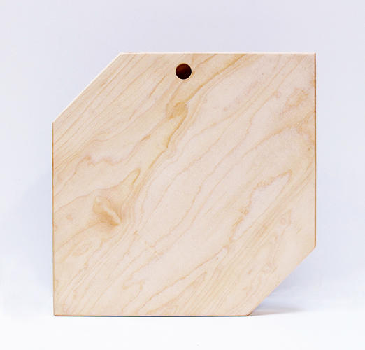 <p>Designed by Danny Giannella and Tammer Hijazi, Shape Boards are both functional and decorative. One side is a plain wooden surface for slicing and dicing.</p>