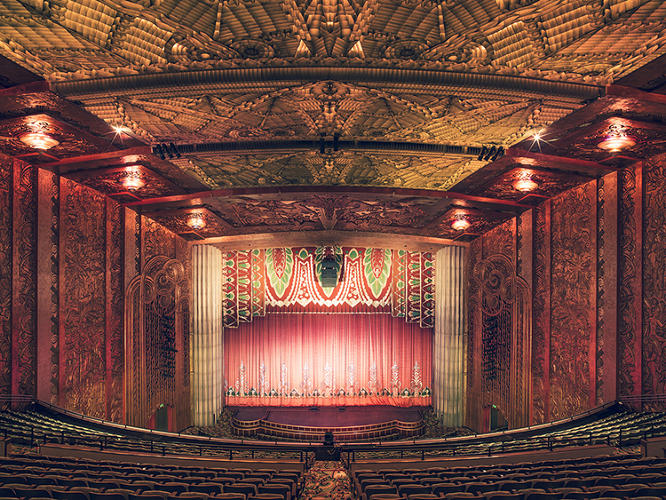 <p>&quot;The greatest emotion I have ever had in my life took place in the dark and not in front of a smartphone or television,&quot; Bohbot said in his artist's statement about the project. The Paramount Theatre III, Oakland, California, 2014</p>
