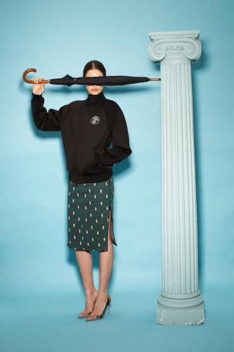 <p>It's not the first time Magritte's universe has <a href=&quot;http://www.anothermag.com/current/view/1198/Ren%C3%A9_Magritte__Fashion&quot; target=&quot;_blank&quot;>influenced contemporary fashion</a>.</p>