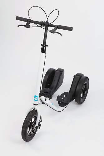 <p>Since the Me-Mover is designed for upright riding, it's better for posture and, at least in theory, more comfortable to ride.</p>