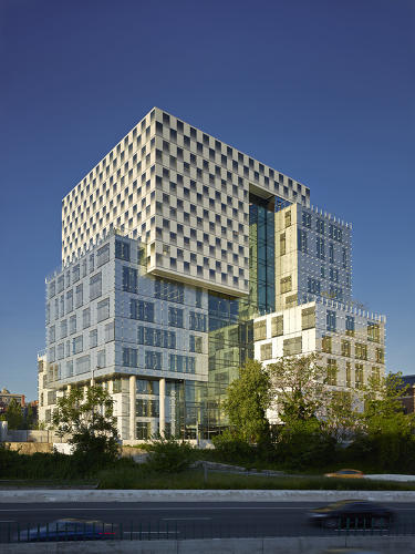 <p>At the University of Baltimore, a new building for the law school was designed to save 43% of the energy used in a typical building of the same size. <a href=&quot;http://behnisch.com/&quot; target=&quot;_blank&quot;>Behnisch Architekten</a> and <a href=&quot;http://asg-architects.com/&quot; target=&quot;_blank&quot;>Avers Saint Gross</a></p>