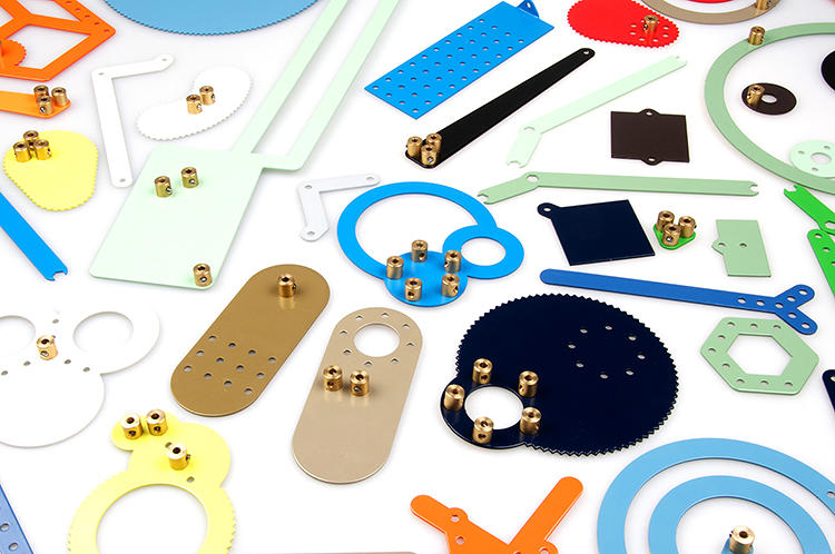 <p>Today, Velthuis has reimagined the original Meccano, invented in 1900 by British designer Frank Hornby, with a project called Meekaanoo.</p>