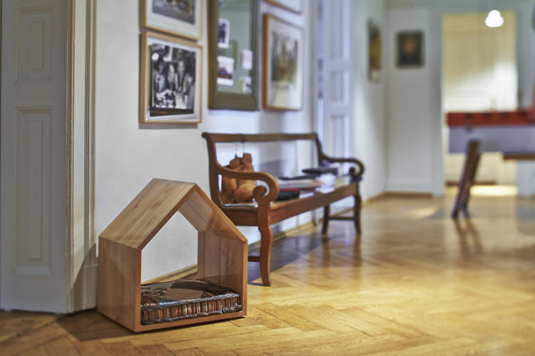<p>Munich-based design duo Rosi &amp; Rufus have fixed that, with their first collection of pet furniture.</p>