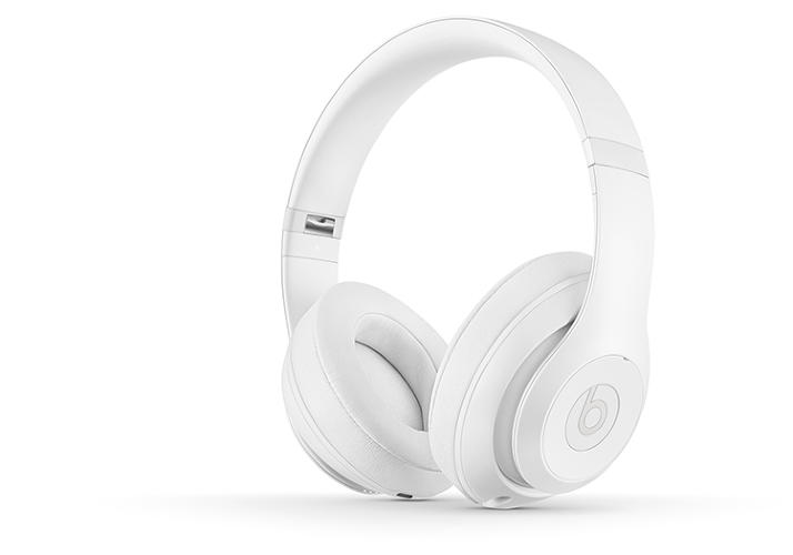 <p>These special-edition Beats headphones are a collaboration between Beats and design firm Snarkitecture.</p>