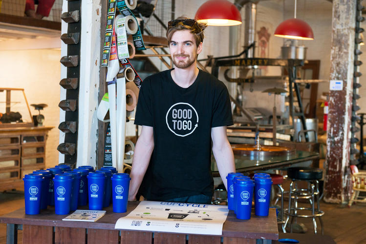 <p>Students have created a reusable system that could replace the single-use coffee cup.</p>
