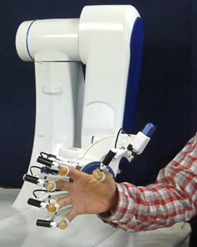 "<p>That's where the ""multi-fingered haptic interface"" robot comes in. The Gifu University bot places all five fingertips on flexible gel sheets that can be manipulated by adjustable gears.</p>"