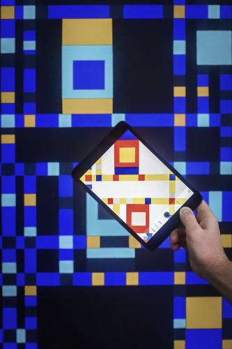 <p>To explore our phone-induced disconnection, conceptual artist J. Robert Feld created a painting series that <em>requires</em> that you view it through a smartphone camera--in order to see it properly.</p>