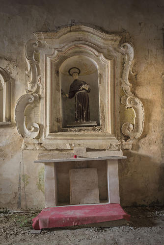 <p>He's still collecting funds, and hopes to have new pieces ready to be shown in the church by the end of 2014.</p>