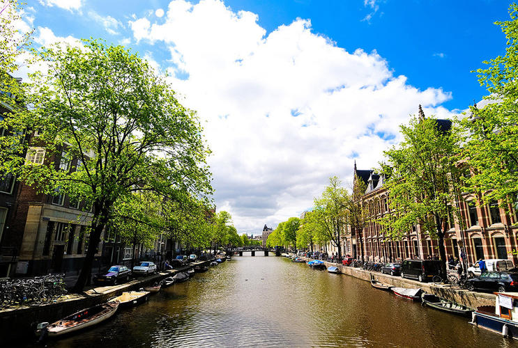 <p>Canals of Amsterdam, The Netherlands</p>
