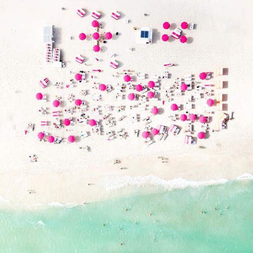 <p>Using a helicopter to film kiteboarders as they raced, Rose became fascinated with aerial photography.</p>