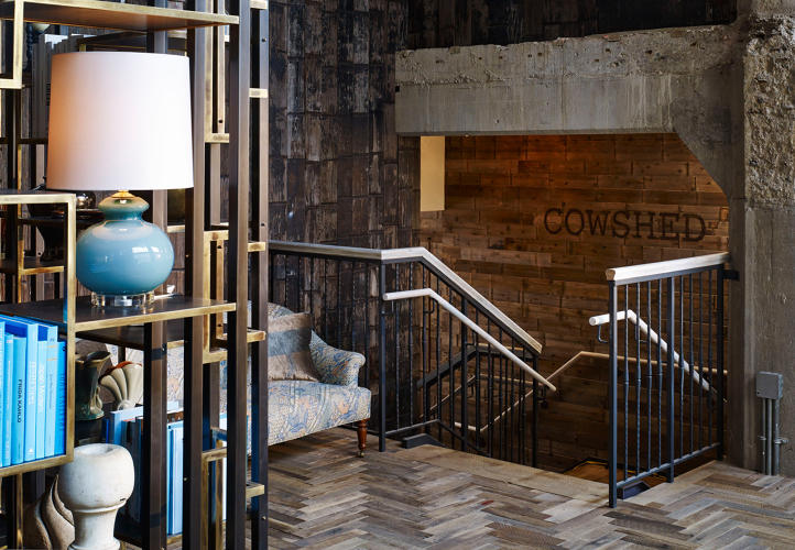 Chicago's Sleek Soho House Has Echoes Of An Industrial ...