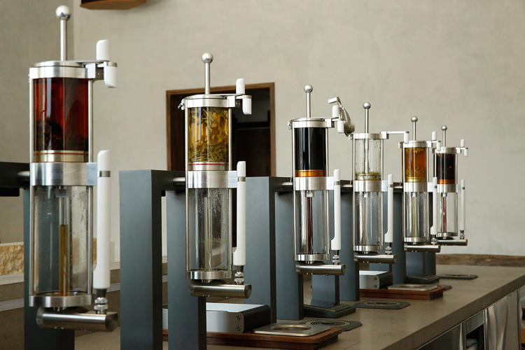 <p>The leap from <a href=&quot;http://www.fastcompany.com/3033306/coffee-week/the-multimillion-dollar-quest-to-brew-the-perfect-cup-of-coffee&quot; target=&quot;_self&quot;>third-wave coffee</a> to third-wave tea isn't a stretch. &quot;There's an emerging trend around coffee, around these artisanally driven experiences,&quot; said Tony Conrad, an investor in Blue Bottle who also has a much smaller personal investment in Samovar. &quot;Can you do that same concept for tea? That was the thesis of my personal investment.&quot;</p>