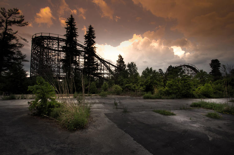 The World S Most Hauntingly Beautiful Abandoned Theme